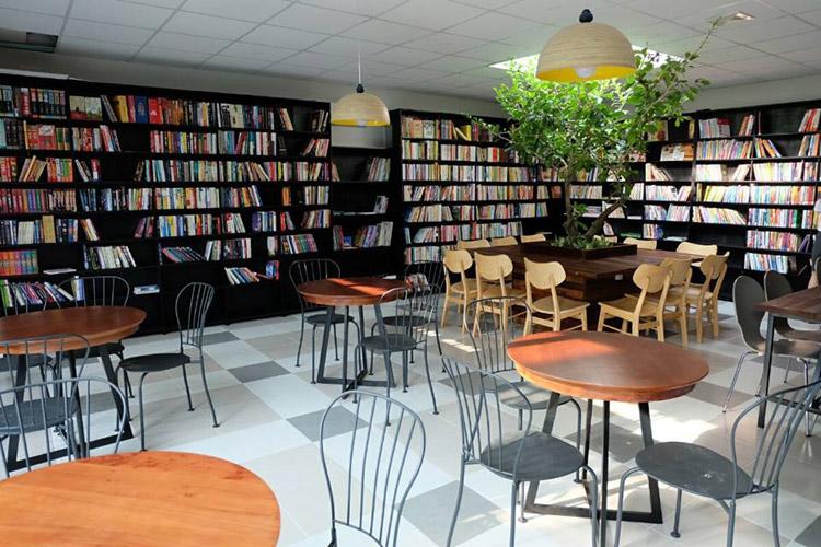 Ảnh: Ngọc Tước Book Café