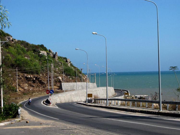 Đèo Nước Ngọt Long Hải. Ảnh: vnphoto.net